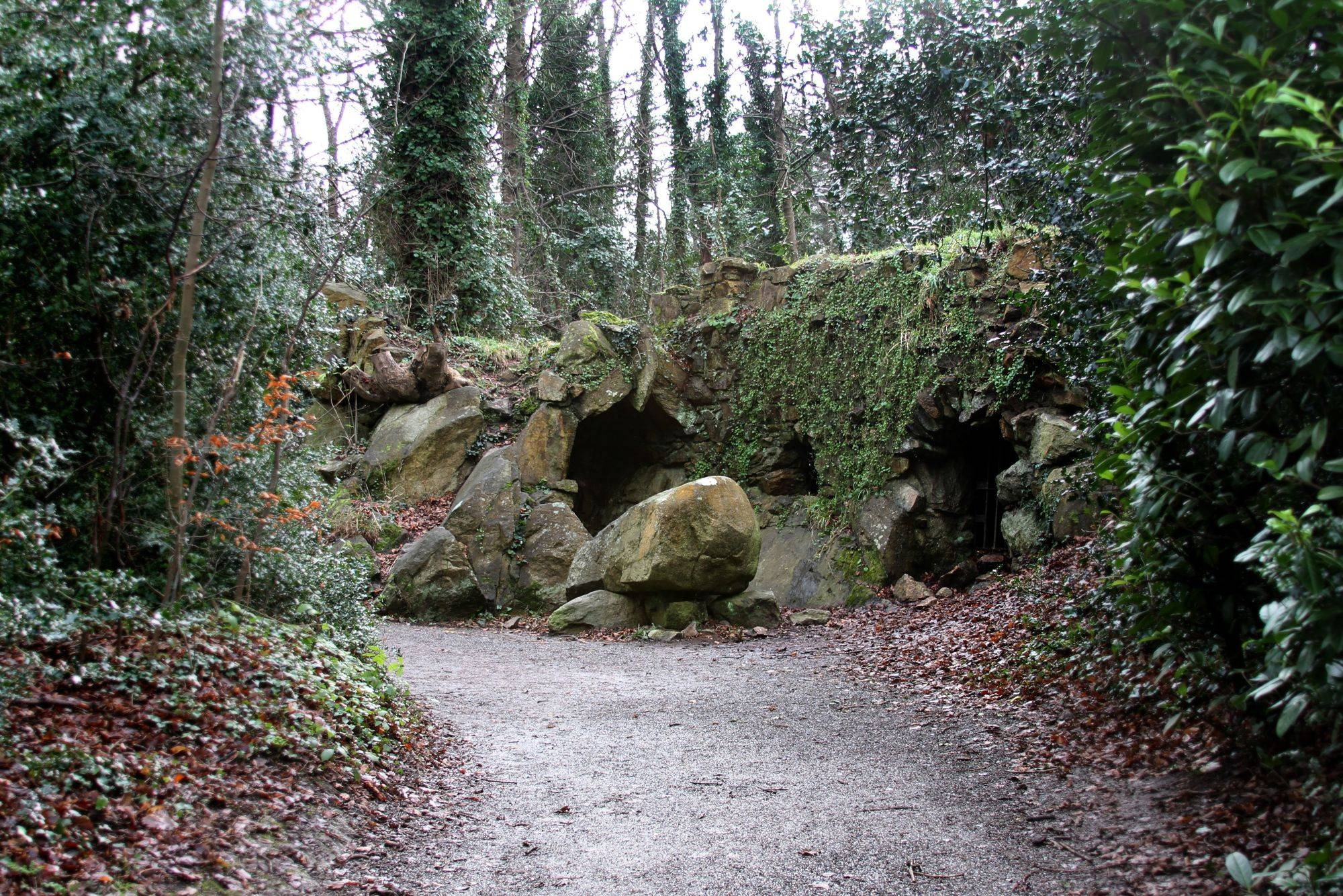 Hermit's Cave. Photograph by Jonathan Callan. OPW.